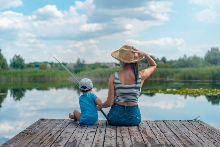 Best Fishing Pole For Kids – Top Picks For 2021