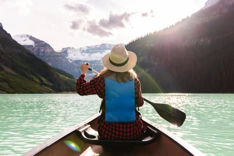 How Many Calories Does Kayaking burn? – Will I Lose Weight?