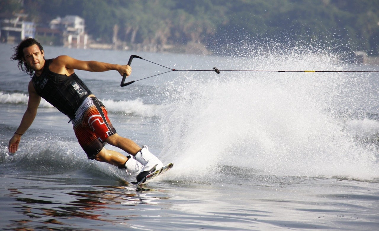 what is wakeboarding