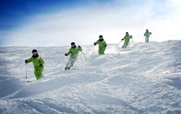 How To Ski Moguls – 7 Tips You Need To Know Now!