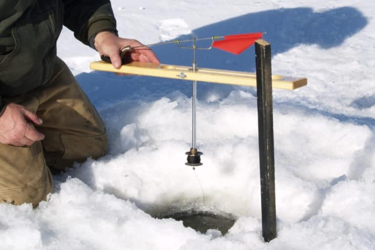 Ice Fishing Tip Up Techniques / Strategy