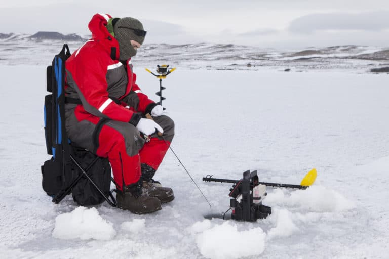 How To Use A Flasher While Ice Fishing?